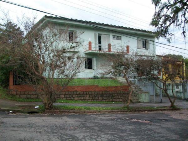 Casa com 4 Dormitórios Sendo 01 Suite, com Pátio