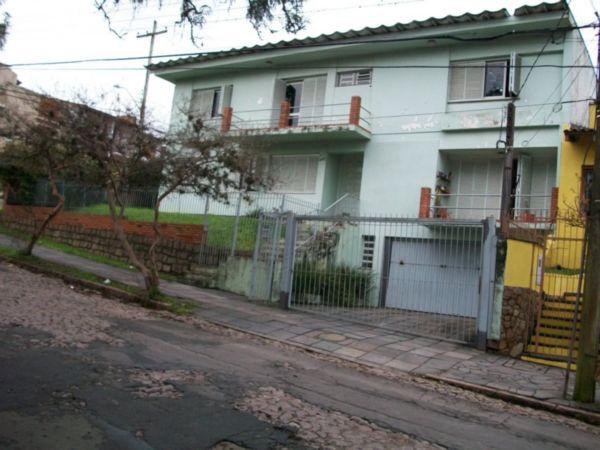 Casa com 4 Dormitórios Sendo 01 Suite, com Pátio - Foto 2